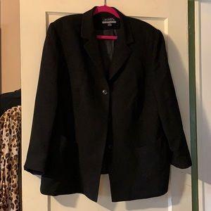 Stylish Black 3-Button Blazer, Casual Corner